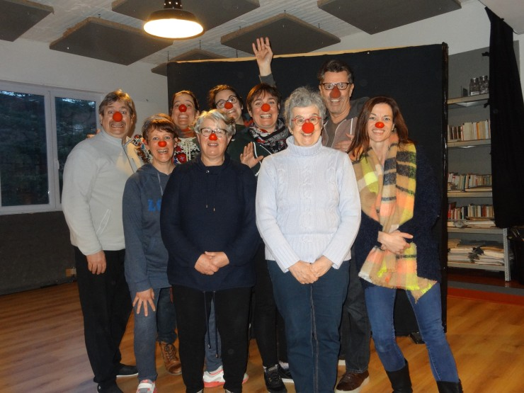 Groupe-yeux rouges